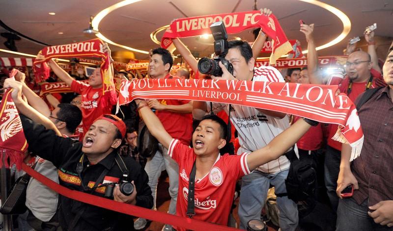 Các fan Liverpool khắp thế giới ăn mừng ra sao? - ảnh 1