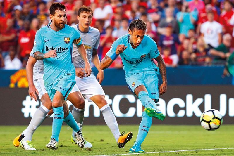 Messi bỏ Barca về đá cặp với Ronaldo ở Juventus - ảnh 2