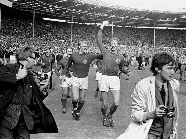 'Big Jack', huyền thoại bóng đá Anh qua đời - ảnh 1
