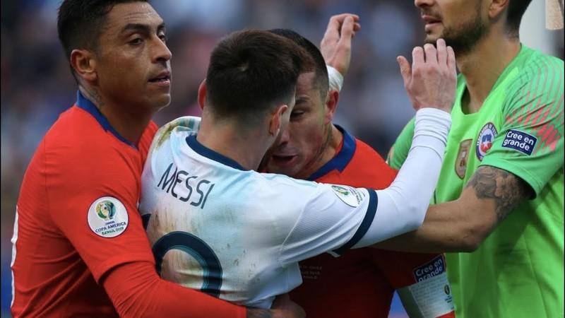Hài hước: Messi thoát án treo giò vì... hết hạn - ảnh 1