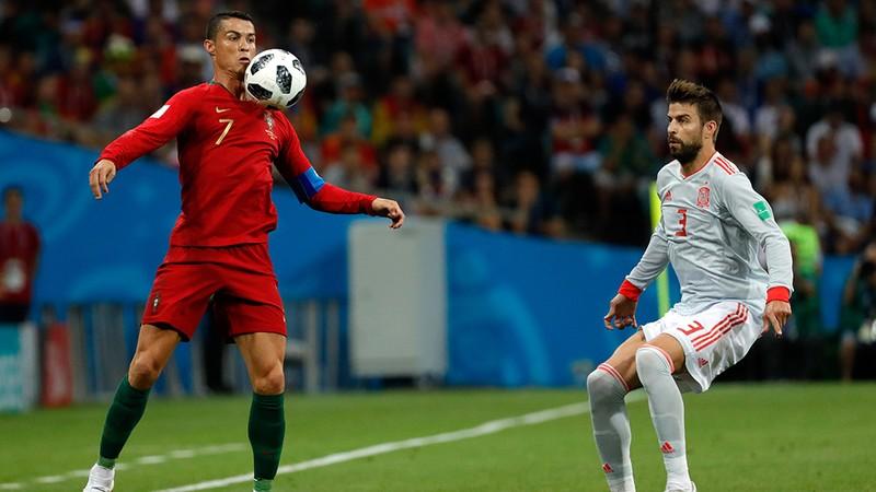 Ronaldo 'nằm nhà' xem World Cup 2030 tại quê hương? - ảnh 1