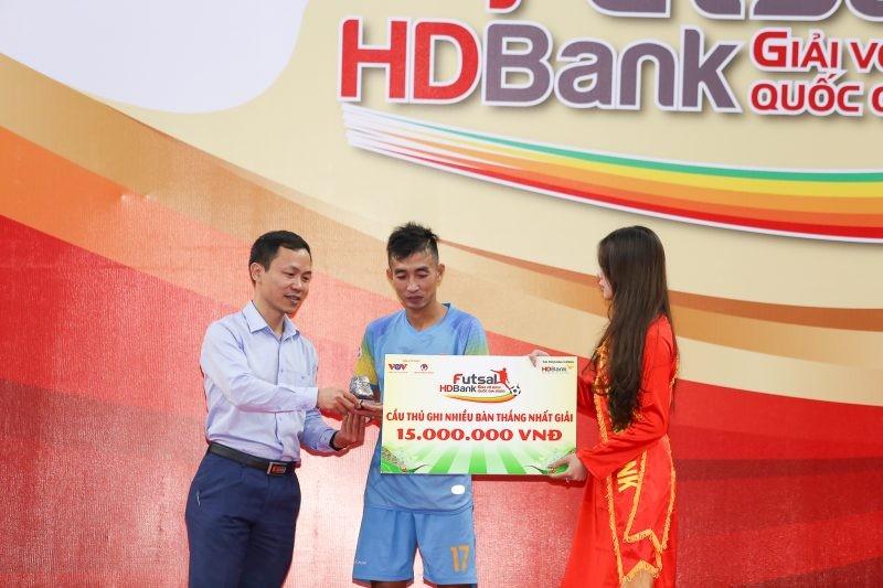 Thái Sơn Nam vô địch, cựu quả bóng vàng giành vua phá lưới - ảnh 3