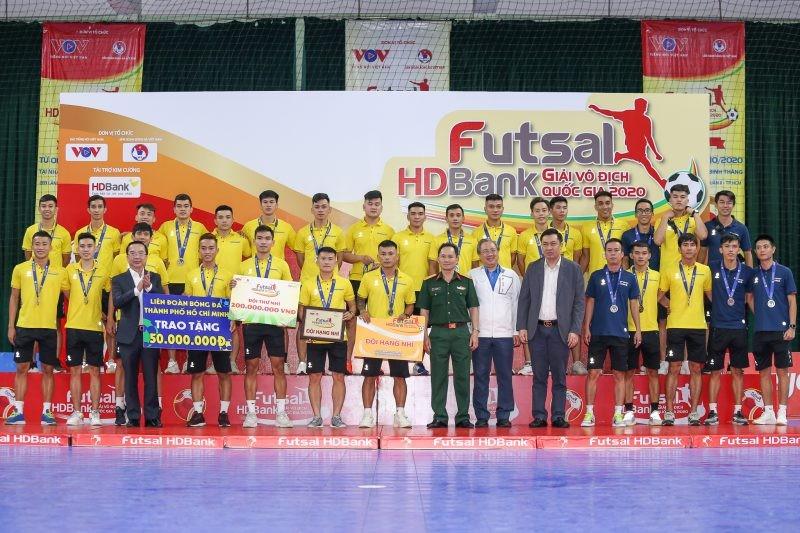 Thái Sơn Nam vô địch, cựu quả bóng vàng giành vua phá lưới - ảnh 7
