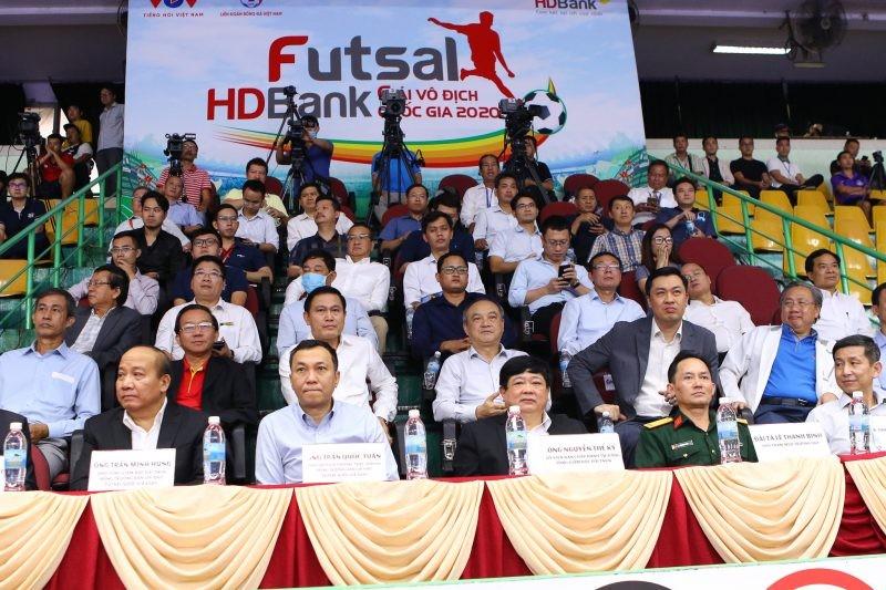 Thái Sơn Nam vô địch, cựu quả bóng vàng giành vua phá lưới - ảnh 8