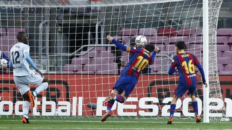 Pele nói gì khi hậu bối Messi san bằng kỷ lục? - ảnh 1