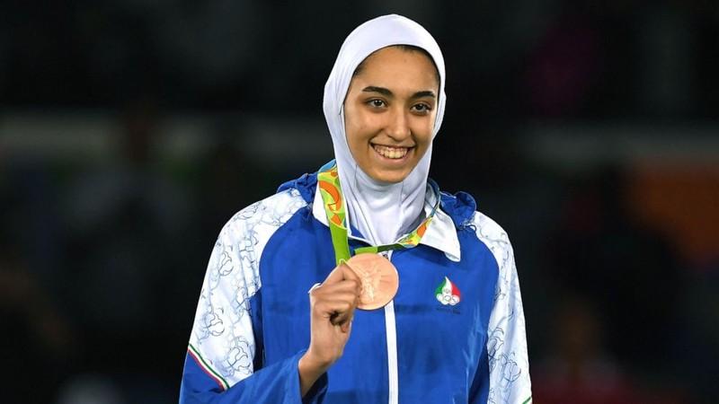 Nữ võ sĩ Iran muốn khoác áo 'đội tị nạn' Olympic Tokyo - ảnh 1