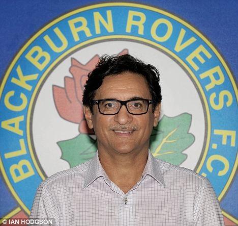 Cố vấn của Blackburn Rovers: Hãy làm cho tuyển VN sợ Malaysia - ảnh 1