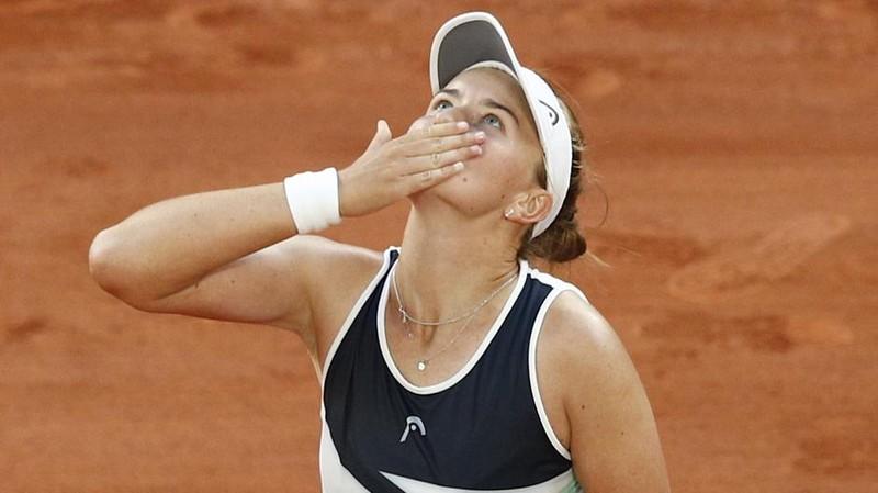 Hai tay vợt nữ lần đầu vào chung kết Roland Garros - ảnh 1
