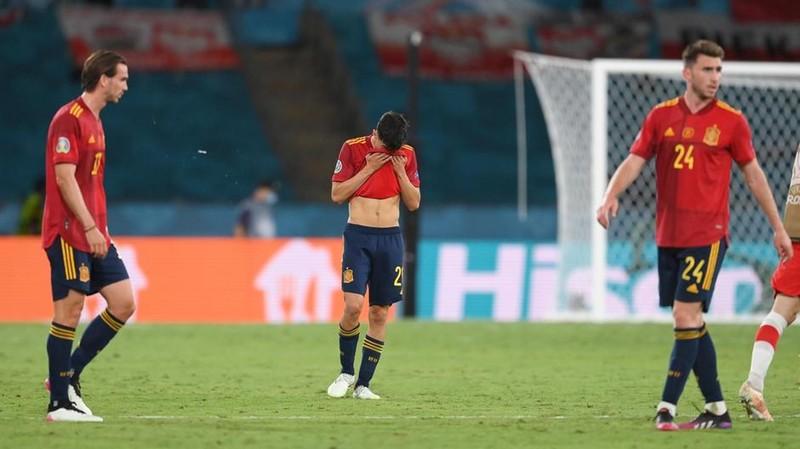 Lewandowski mừng như chiến thắng khi san bằng tỉ số - ảnh 2
