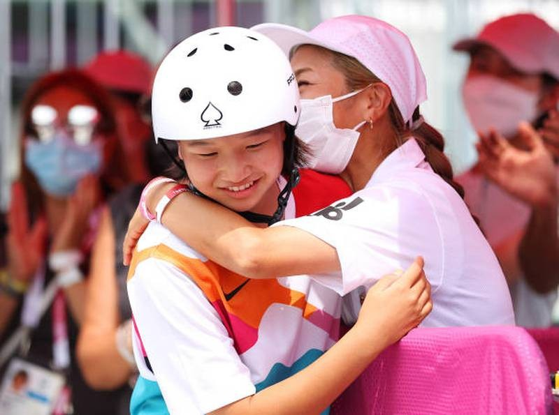 Bé gái 13 tuổi đoạt HCV Olympic - ảnh 2