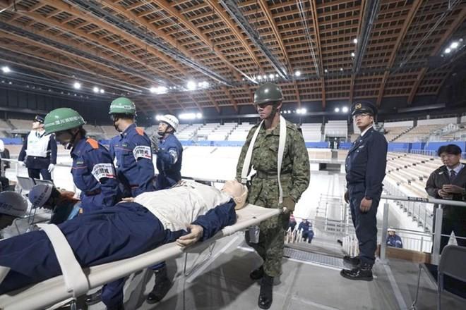 Olympic Tokyo đang theo dõi sát động đất 8,2 độ - ảnh 1