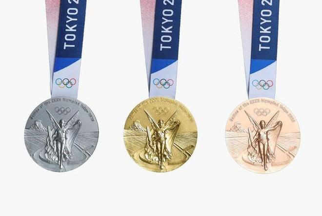 Kỳ công những tấm huy chương Olympic Tokyo - ảnh 1