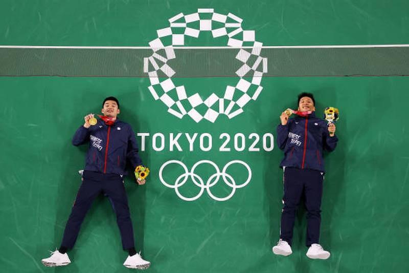 Những nhà vô địch và kỷ lục lục gia Olympic qua một đêm... - ảnh 2