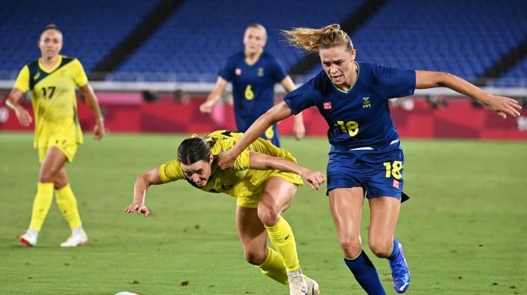 Thụy Điển tranh ngôi vô địch cùng Canada - ảnh 1