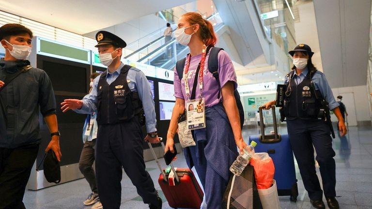 Gia đình VĐV bị cưỡng ép rời Olympic được Ba Lan cấp thị thực - ảnh 1