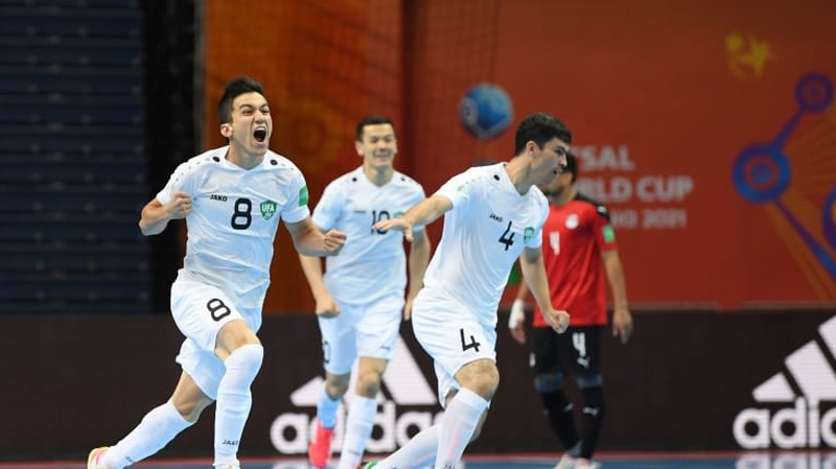 Uzbekistan chính thức vào vòng 16 đội World Cup 2021, chủ nhà 'out' sớm - ảnh 1