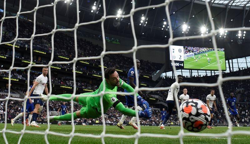 'Ngày buồn kép' của Tottenham, huyền thoại săn bàn ra đi - ảnh 2