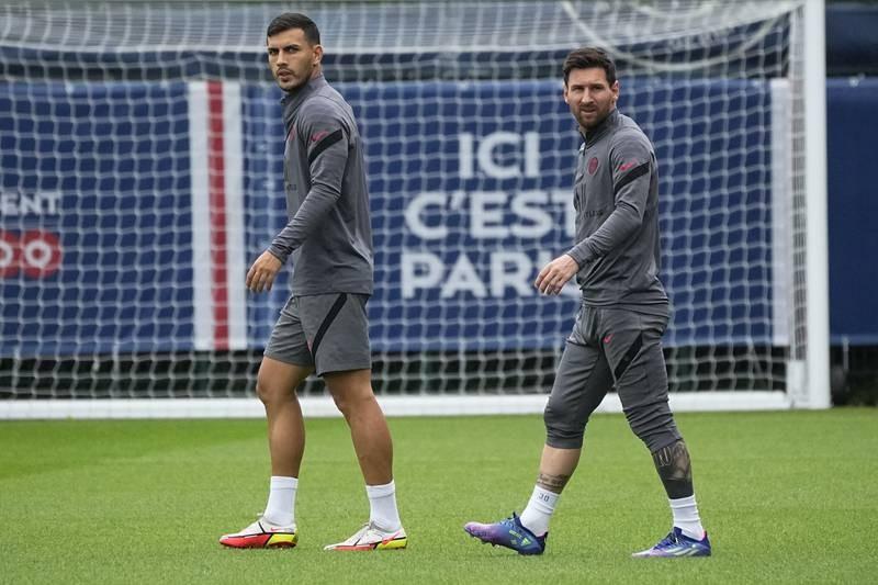 Pep năn nỉ Messi ra sân, Pochettino hứa 'có thể' - ảnh 1