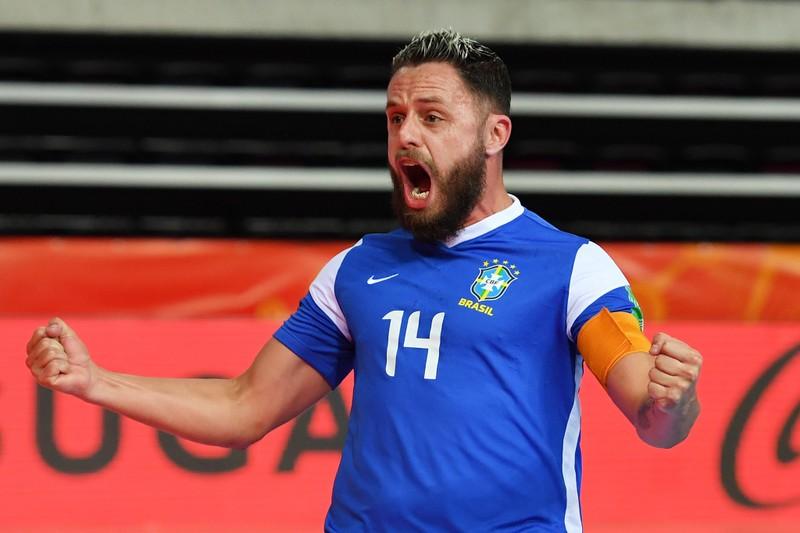 Xem Brazil và Kazkhstan tranh hạng ba thú vị hơn - ảnh 2