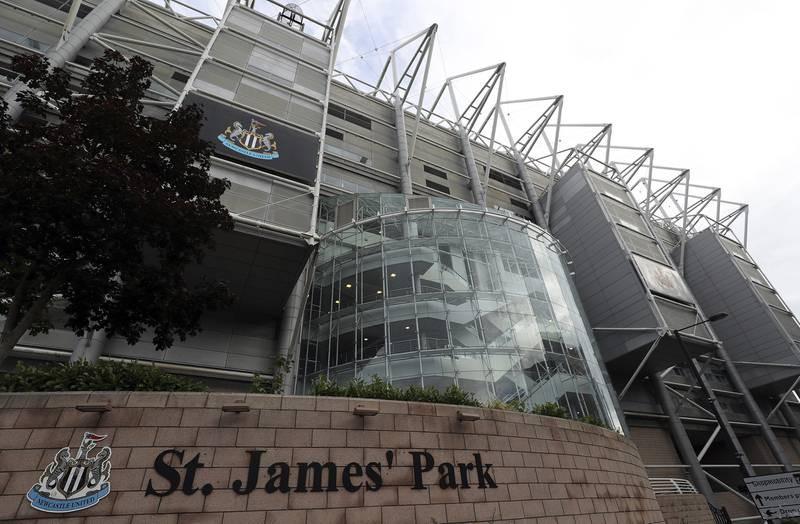 Fan Newcastle ăn mừng cuồng nhiệt khi CLB có chủ mới tỉ phú - ảnh 6