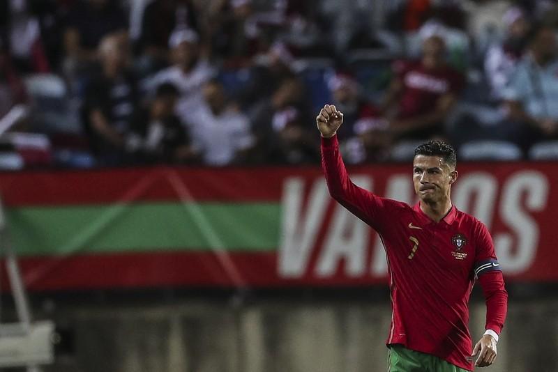 Ronaldo lại lập tiếp kỷ lục lớn - ảnh 1