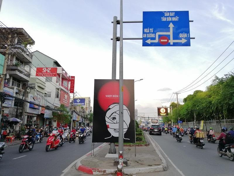 Biển cảnh báo độc, lạ trên địa bàn quận Tân Bình - ảnh 1