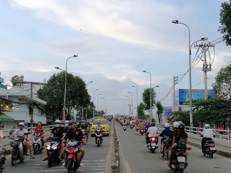TP.HCM: Nhiều cung đường phía nam thoáng đến lạ - ảnh 11