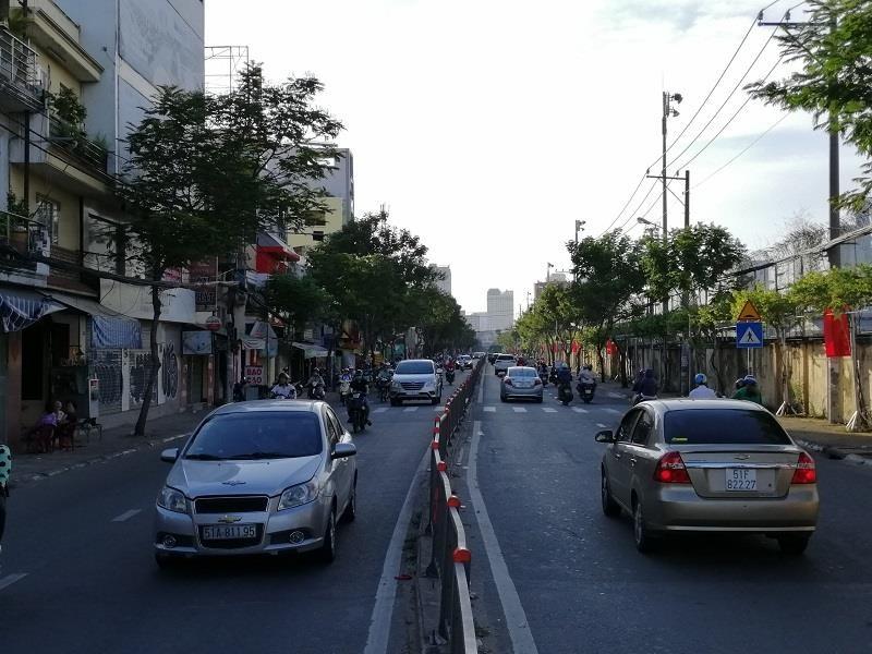 TP.HCM: Nhiều cung đường phía nam thoáng đến lạ - ảnh 2