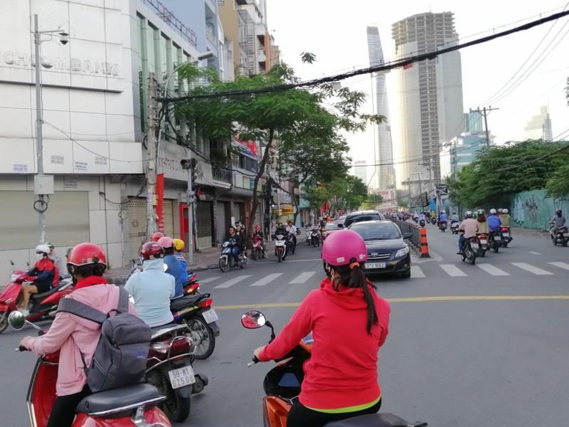 TP.HCM: Nhiều cung đường phía nam thoáng đến lạ - ảnh 5
