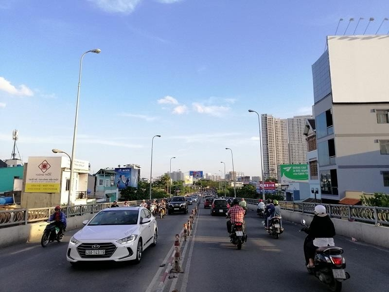 TP.HCM: Nhiều cung đường phía nam thoáng đến lạ - ảnh 7