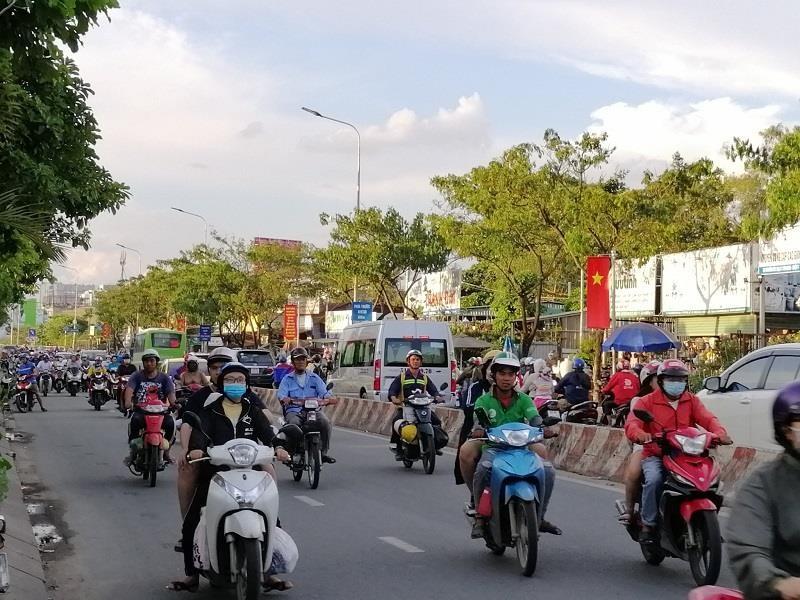 TP.HCM: Nhiều cung đường phía nam thoáng đến lạ - ảnh 8