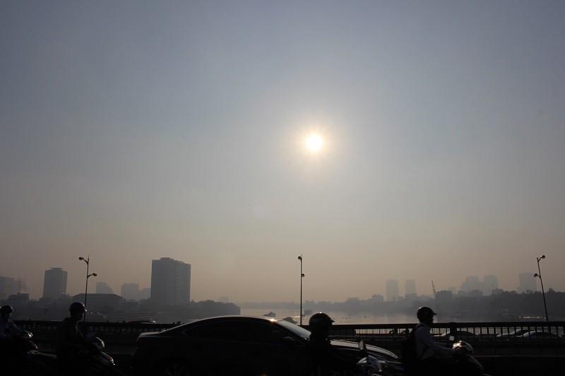 Sương mù dày đặc vẫn bao phủ Sài Gòn  - ảnh 3