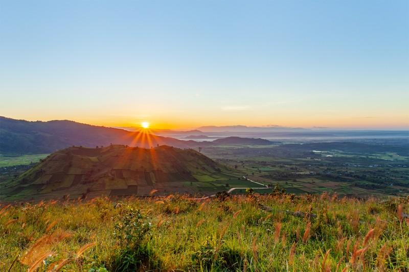 Ngỡ ngàng trước cảnh đẹp trên núi lửa Chư Đăng Ya - ảnh 7