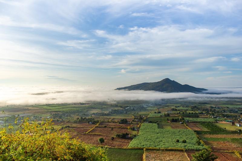 Ngỡ ngàng trước cảnh đẹp trên núi lửa Chư Đăng Ya - ảnh 8
