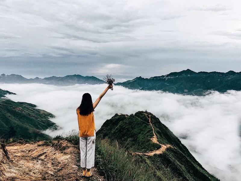 Săn mây trên đỉnh Tà Xùa - ảnh 6