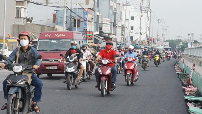 ham-chui-an-suong-thong-xe-8