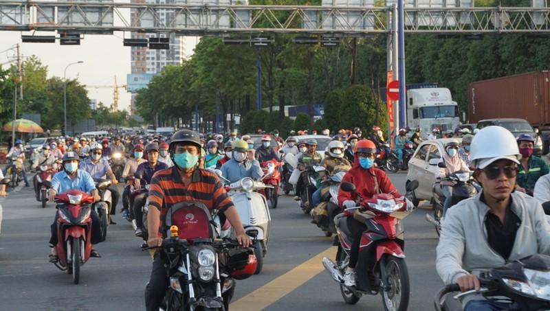 giao-thong-phia-dong-TP.HCM-9
