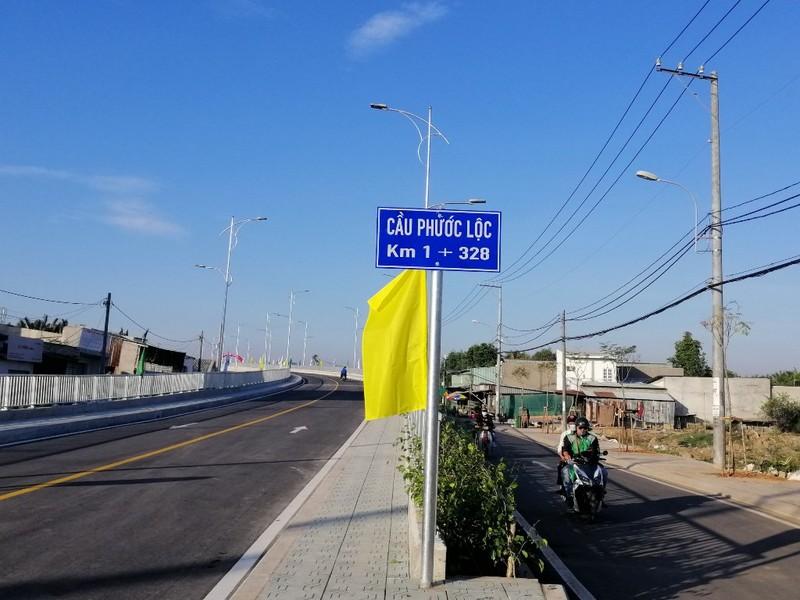 cau-phuoc-loc-thong-xe-5