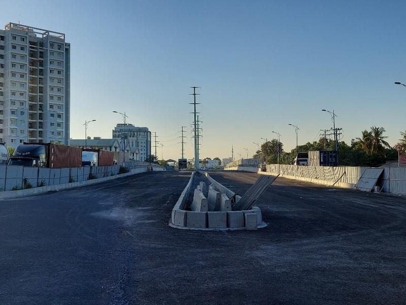 Cận cảnh 2 công trình giao thông cán đích dịp 30-4 - ảnh 6
