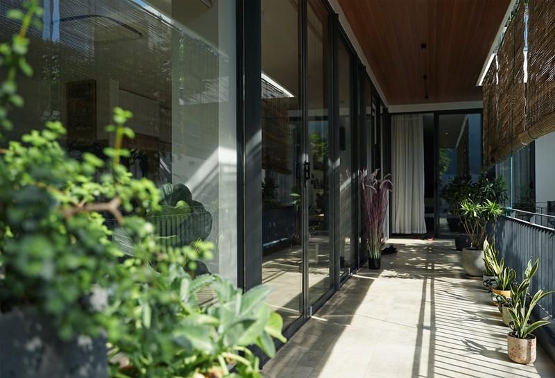 Ngôi nhà ấn tượng như resort trong con phố nhỏ ở Đà Nẵng - ảnh 12