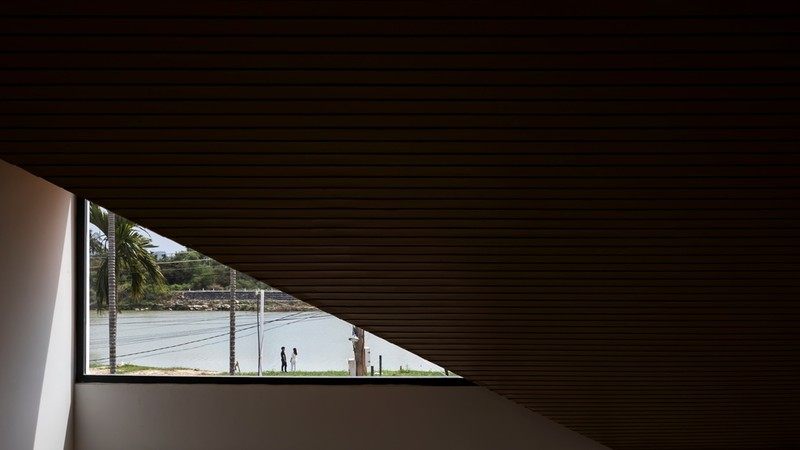 Nhà mái chóp dốc đẹp không thể rời mắt ở vùng đất Diên Khánh - ảnh 5