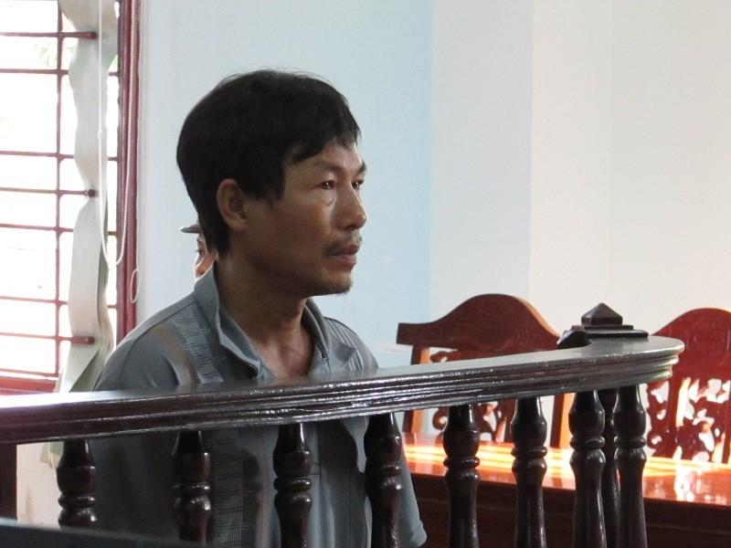 Bị cáo Danh Văn Hùng tại phiên tòa phúc thẩm ngày 15-8. Ảnh: N.NAM