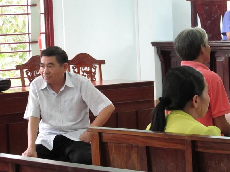 Nguyên hiệu trưởng trường TDTT kêu oan tội tham ô - ảnh 2