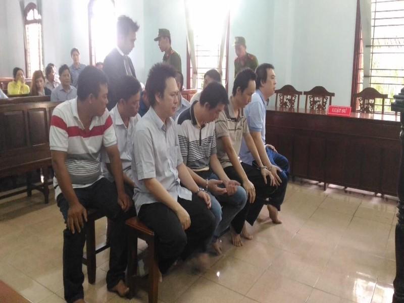 7 thanh tra giao thông nhận hối lộ hầu tòa - ảnh 1