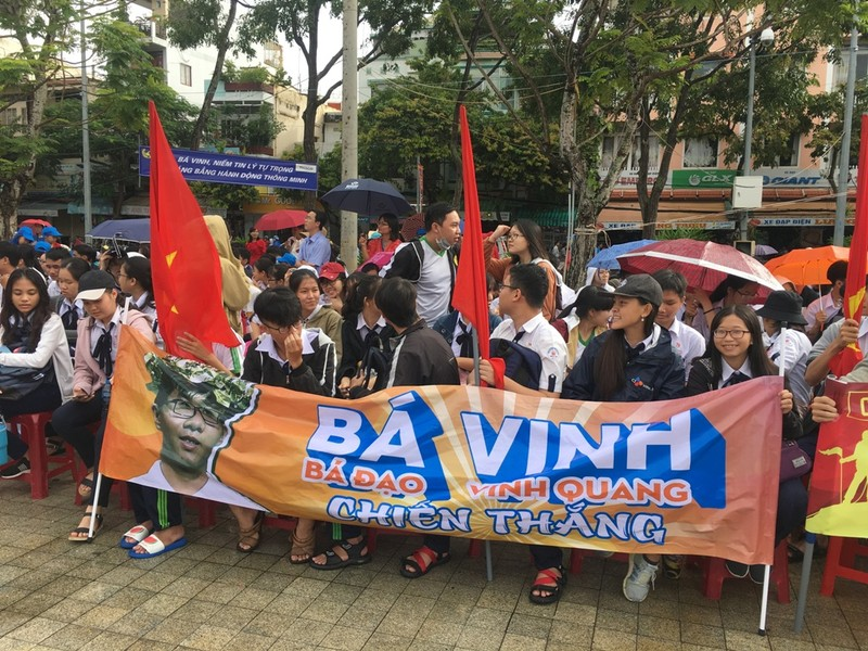 Cần Thơ nóng với hơn 3.000 người cổ vũ Nguyễn Bá Vinh  - ảnh 6