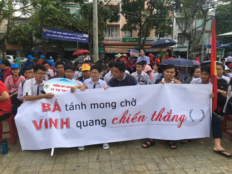 Cần Thơ nóng với hơn 3.000 người cổ vũ Nguyễn Bá Vinh  - ảnh 3