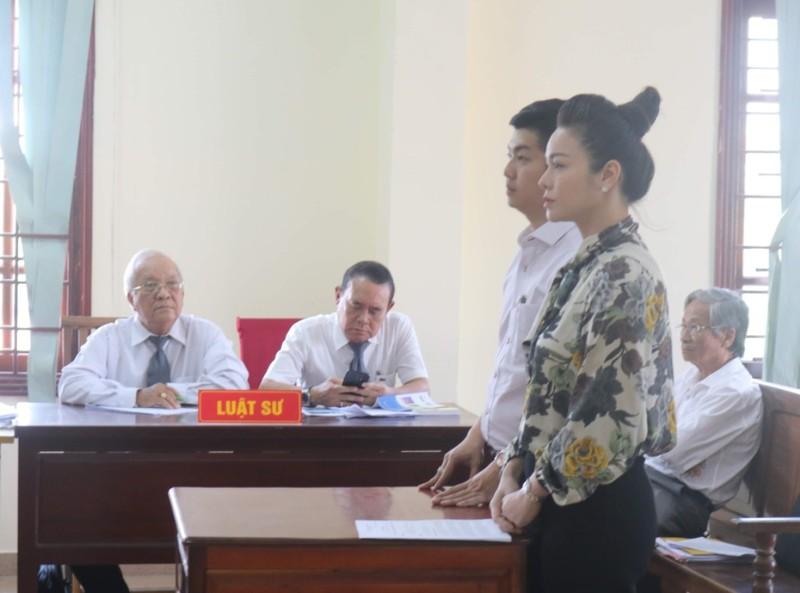 Lại hoãn xử vụ ca sĩ Nhật Kim Anh giành quyền nuôi con - ảnh 1