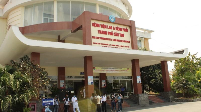 Cần Thơ: Bệnh nhân 145 dự kiến được ra viện ngày 15-4 - ảnh 1