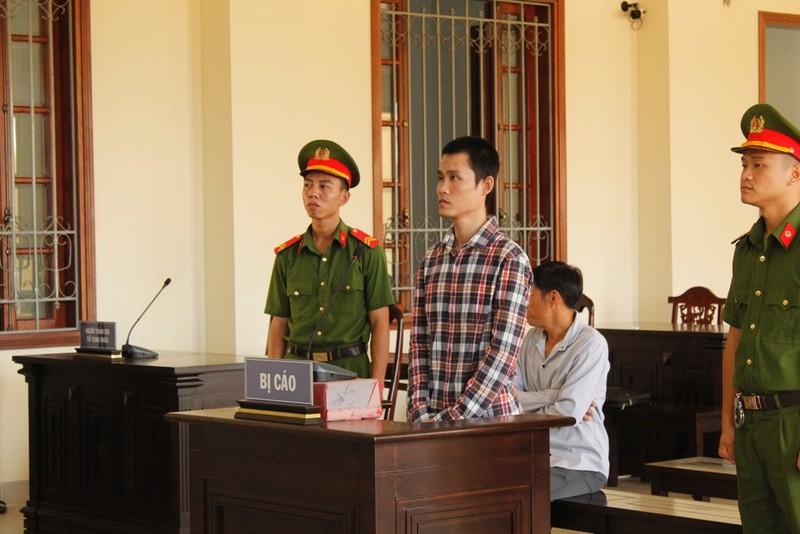 Bị cáo ra tòa kêu oan vì nghe bạn chung phòng giam xúi - ảnh 1