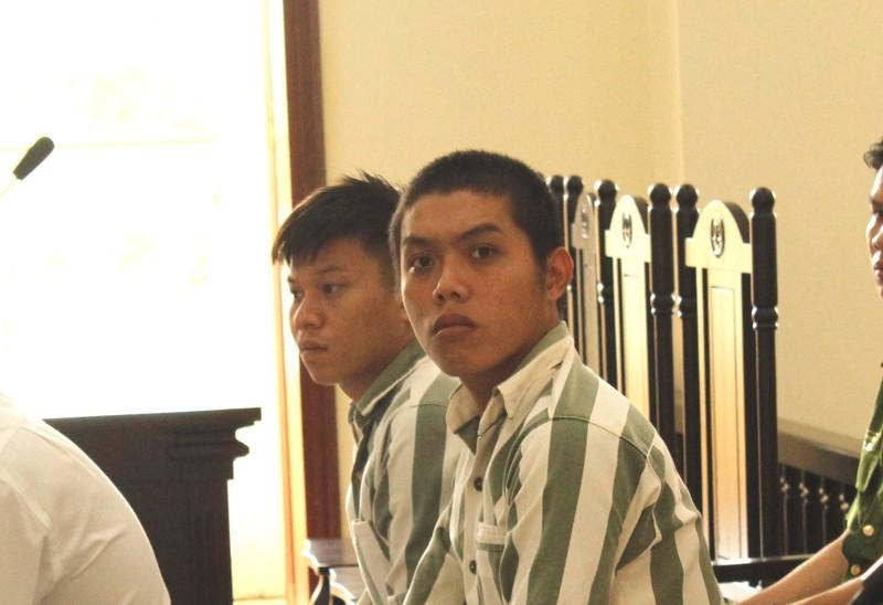 Chém người trộm gà, 2 thanh niên bị xử tội giết người - ảnh 1